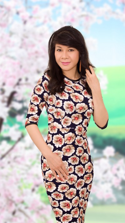 スタイル抜群ベトナム女性40代