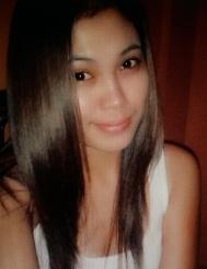 セブ島出身のフイリピン女性20代