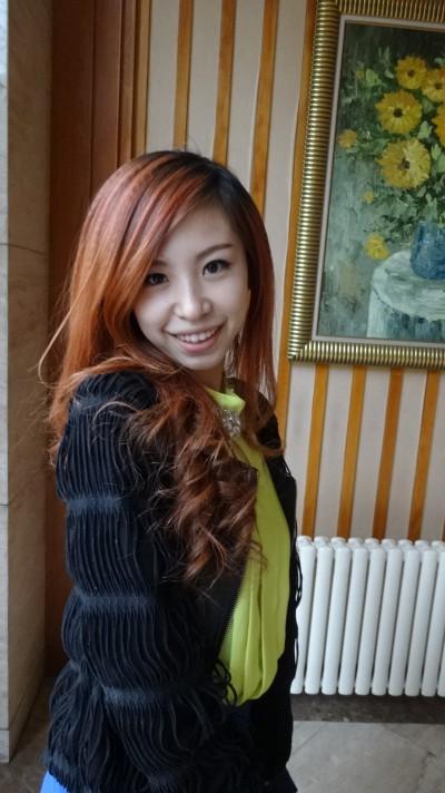 おしゃれな中国女性20代