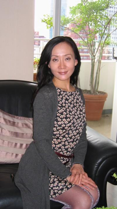 おしゃれな在日中国女性40代