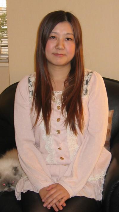 素朴で素直な在日中国女性20代