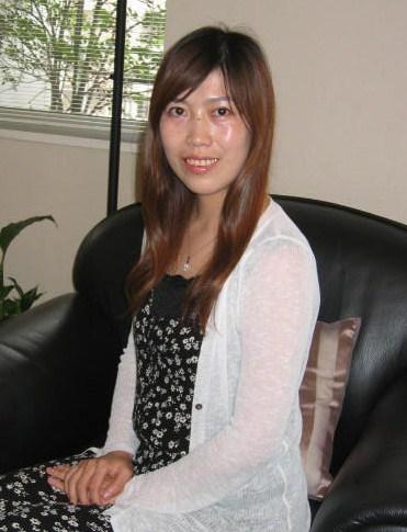 家庭的な在日中国女性20代