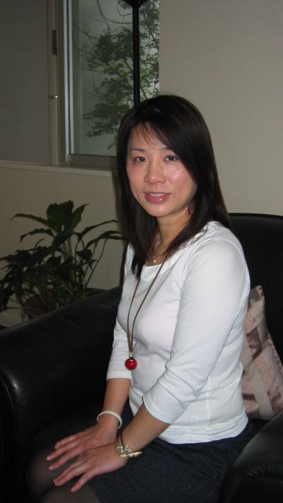 素朴で家庭的な在日中国女性30代