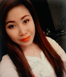 ロマンチックなフィリピン女性20代