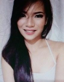 スリムなフィリピン女性20代