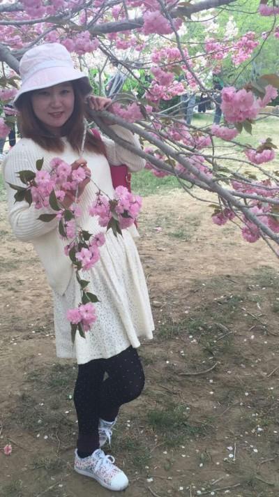 年令よりも若く見える中国女性30代