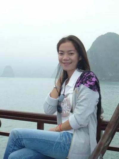 家庭的なベトナム女性30代
