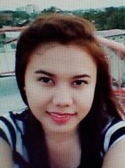 人生前向きに考える明るいフィリピン女性20代