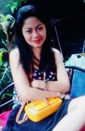 真面目で前向きなフイリピン女性20代