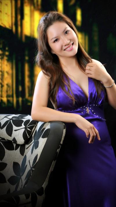 控えめでおとなしいベトナム女性20代