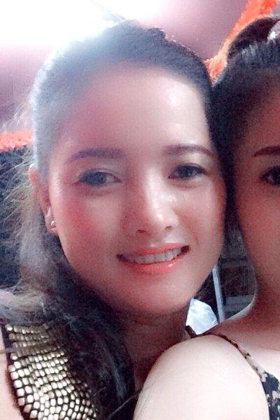 姉妹思いのベトナム人女性30代