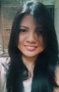 小柄でスリムなフィリピン女性20代