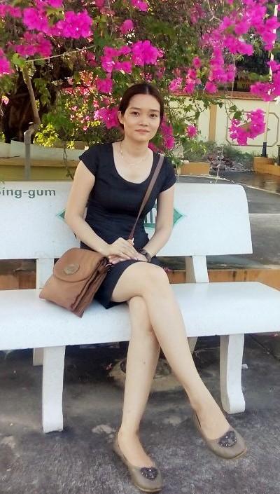 控えめで美しいベトナム女性30代
