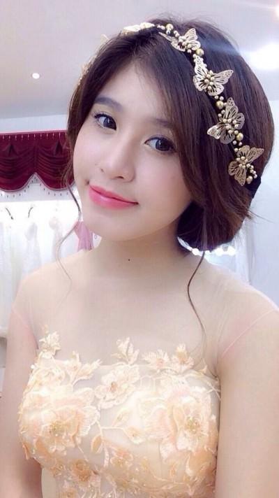 明るく優しいベトナム女性20代