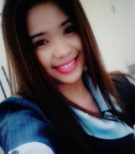 頑張り屋のフィリピン女性20代