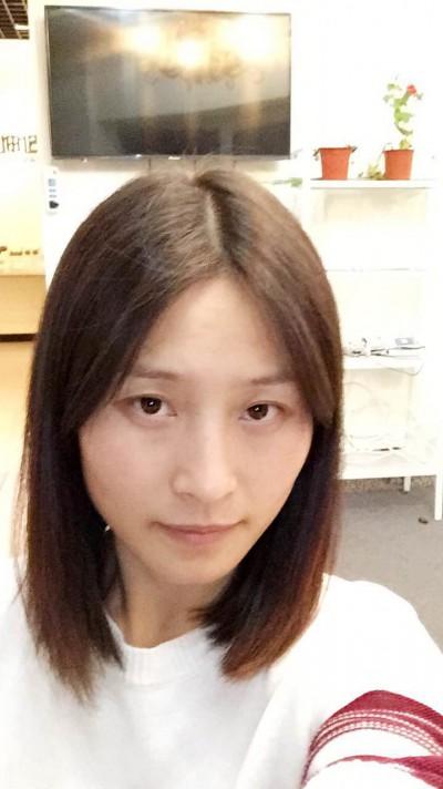 金沢に訪日経験のある美人中国女性20代