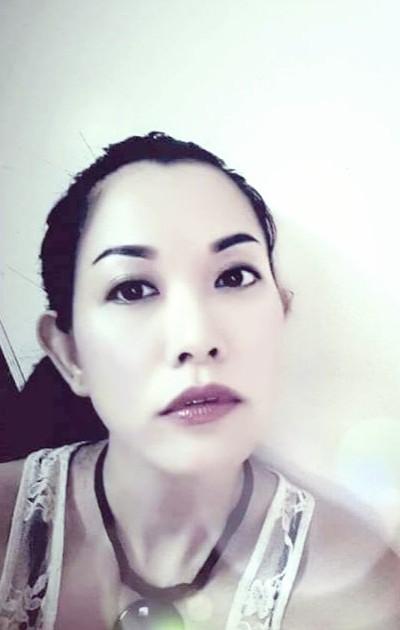 落ち着きのある大人のベトナム女性30代