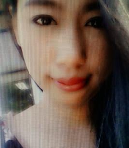 前向きで楽観的なフィリピン女性20代