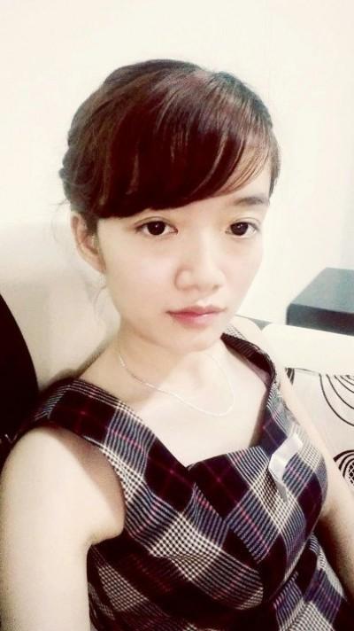 温厚で優しいベトナム女性20代