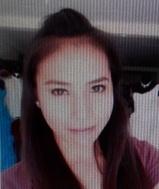 シンプルで正直なフィリピン女性20代