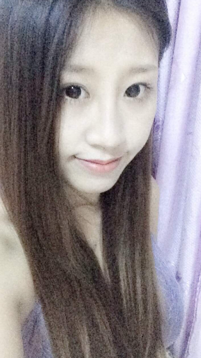 純情で可愛い在日中国女性20代