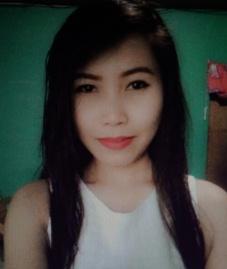 シンプルでシャイなフィリピン女性20代