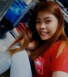 明るいフィリピン女性20代