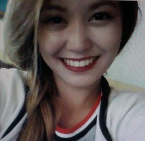愛情豊かで可愛いフィリピン女性20代