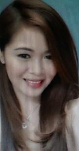 長身でグラマーなフィリピン女性20代