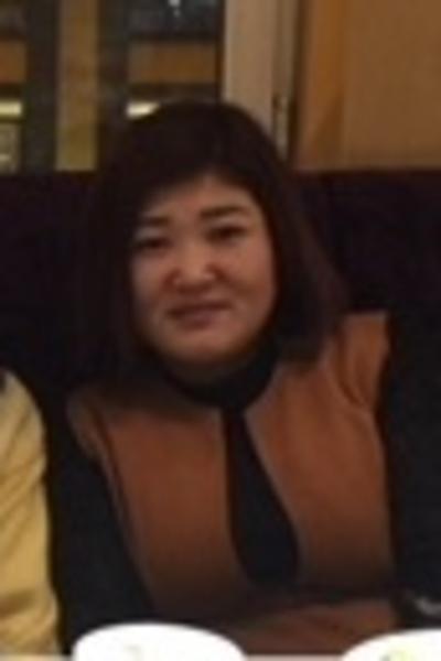 情のある優しい中国女性40代