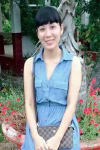前向きで明るいベトナム女性30代
