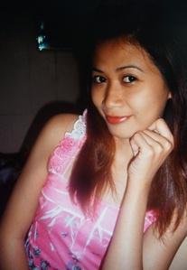 落ち着きのあるちょっと大人のフィリピン女性20代