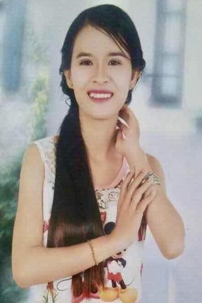 清楚で可愛いベトナム女性20代