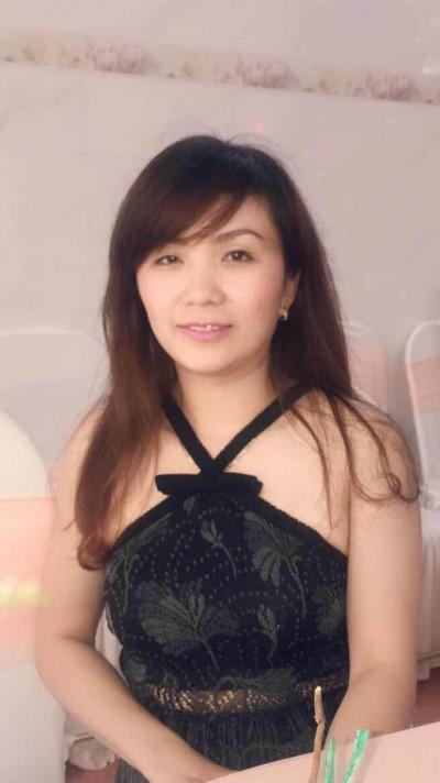しっかりとした考えを持っているベトナム女性20代