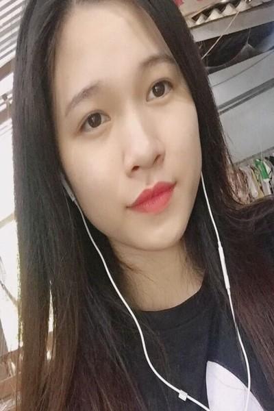 若いけどしっかりしているベトナム女性10代