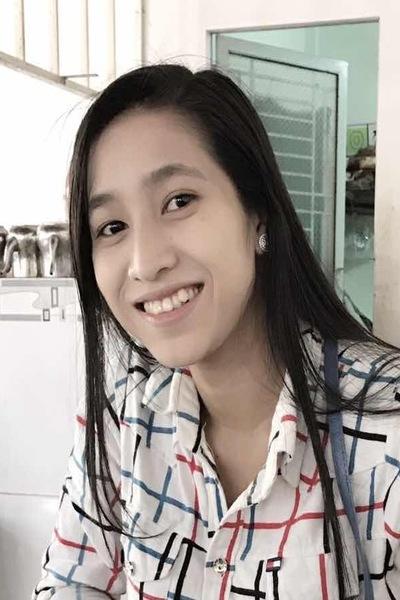 笑顔が可愛いベトナム女性20代