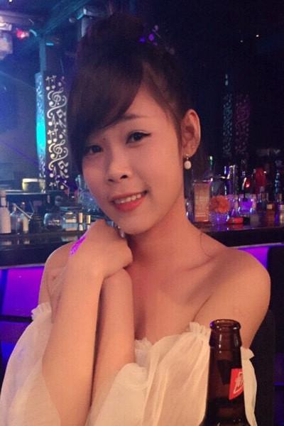 明るくて前向きなベトナム女性20代