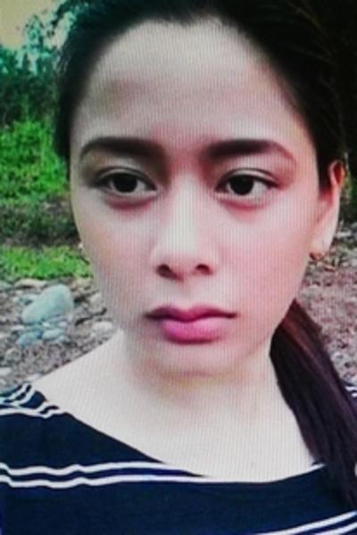 子供の世話が大好きなフィリピン女性20代