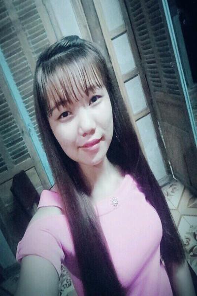 素朴で優しいベトナム女性10代