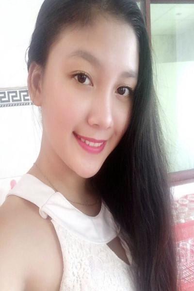 可愛くてキュートなベトナム女性10代