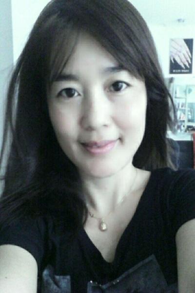 きれいなベトナム人女性30代