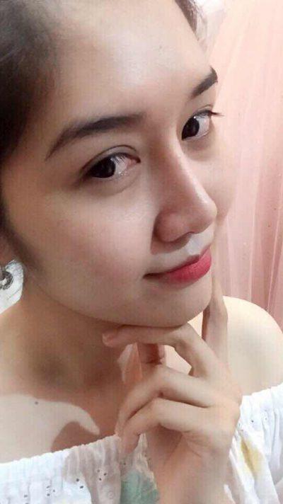 長身でスタイル抜群のベトナム女性20代