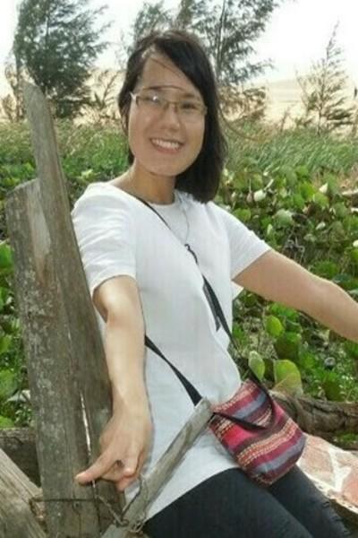 気取りのないベトナム女性20代