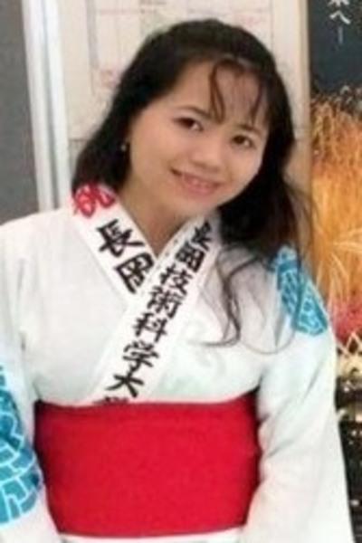 新潟県在中の知的なベトナム女性30代