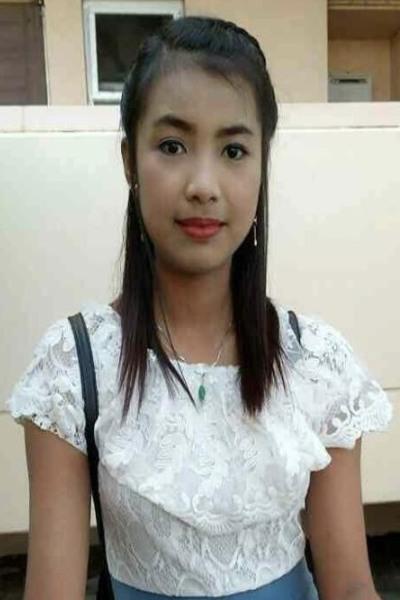香川県在中のおおらかなミヤンマー女性10代