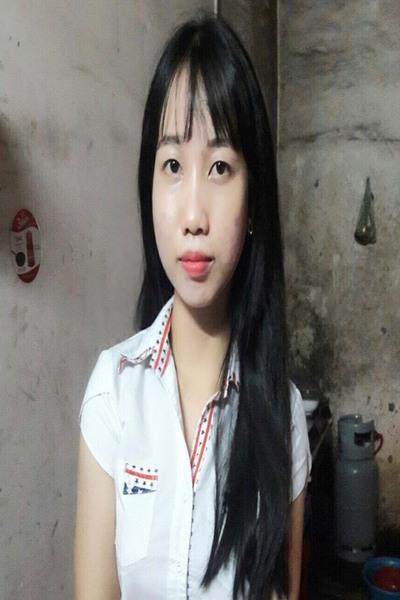 素朴で誠実なベトナム女性20代