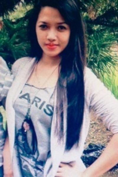 少々内気なフィリピン女性20代