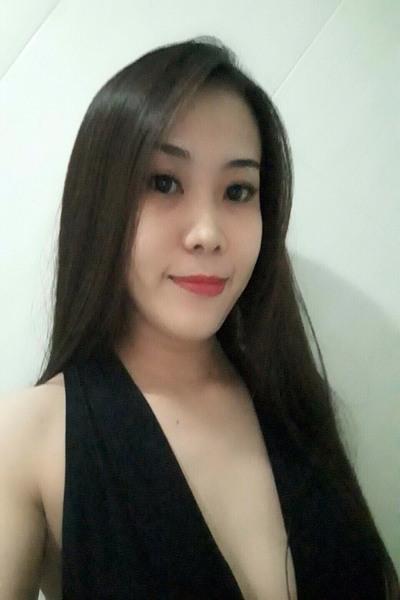 おしゃれでセクシーなベトナム女性20代