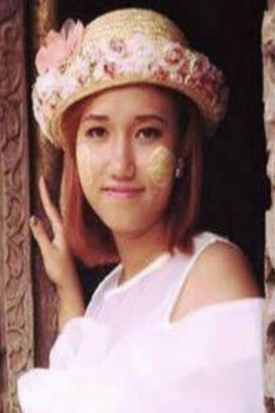 東京在中の可愛いらしいミャンマー女性20代