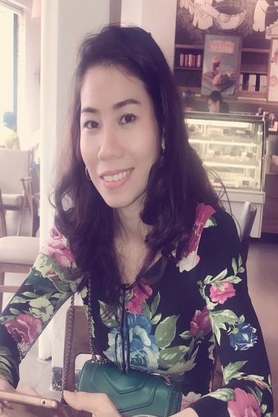 大人の雰囲気を持っているベトナム女性30代